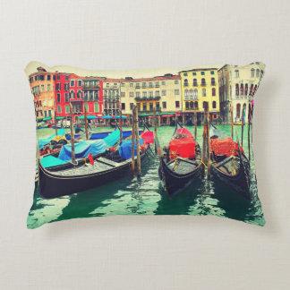 Góndolas en el Gran Canal, Venecia, Italia. Retro Cojín