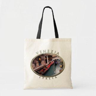 Góndolas en un canal veneciano bolsa tela barata