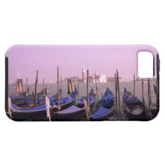 Góndolas listas para los turistas en Venecia Funda Para iPhone SE/5/5s