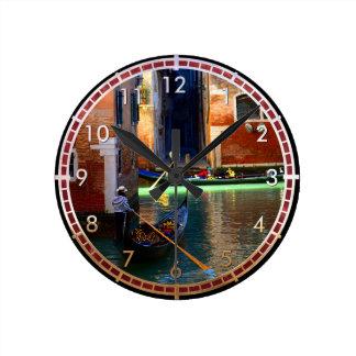Gondolas Round Clock