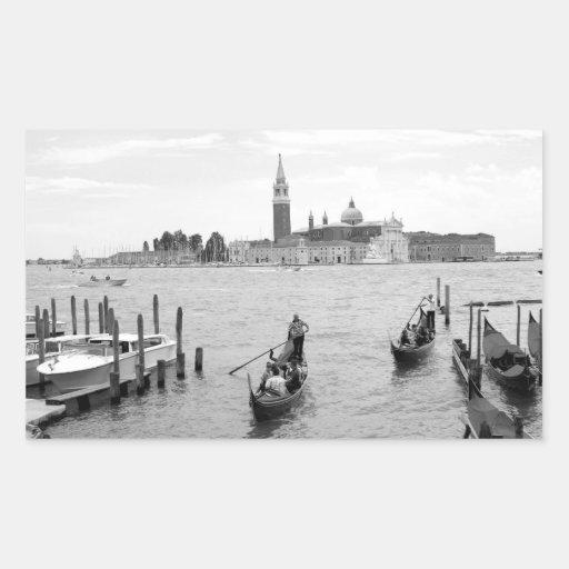 Gondolero blanco y negro en Venecia Rectangular Altavoces
