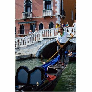 Gondolero cantante tradicional, Venecia, Italia Fotoescultura Vertical