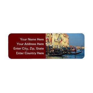 Gondoleros venecianos etiqueta de remite