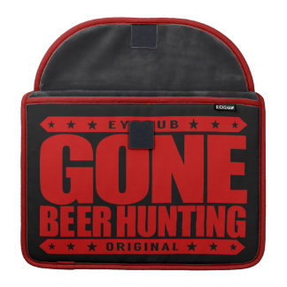 GONE BEER HUNTING - Skilled Hunter With a Six-Pack Sleeve For MacBook Pro