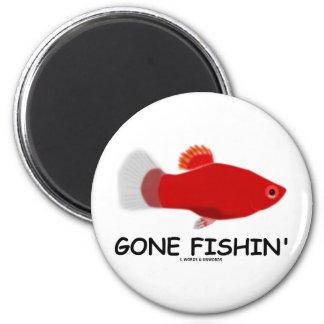 Gone Fishin' (Xiphophorus maculatus) Magnet