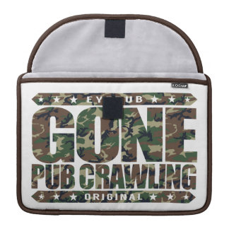 GONE PUB CRAWLING - I Love Alcohol And Bar-Hopping Sleeve For MacBook Pro