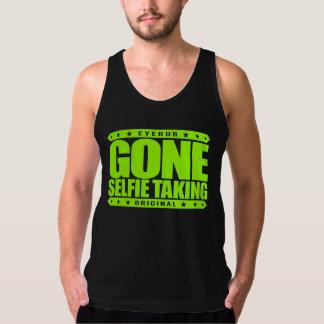 GONE SELFIE TAKING - I Take Viral Bathroom Selfies Tanktop