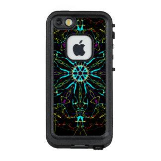 Good-Guy Space Invaders Color Wheel LifeProof FRĒ iPhone SE/5/5s Case