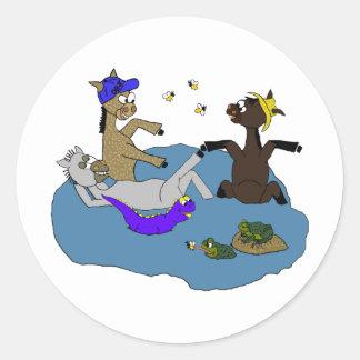 Good Sonoran Samaritan Cool Off Round Stickers
