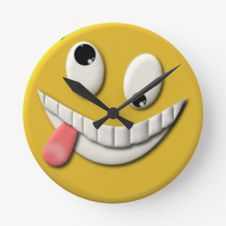 Goofy Happy Face Round Clock