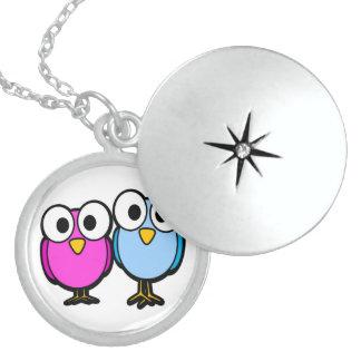 GOOGLY EYED BIRD FRIENDS ROUND LOCKET NECKLACE