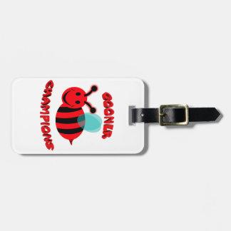 gooner bee champions luggage tag