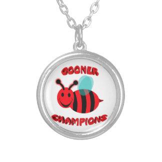 gooner bee champions round pendant necklace