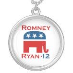 GOP 2012 DE ROMNEY RYAN COLGANTE REDONDO