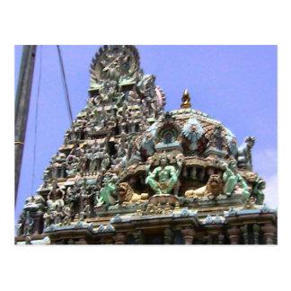 Gopuram e ilustraciones hindúes del tejado postales
