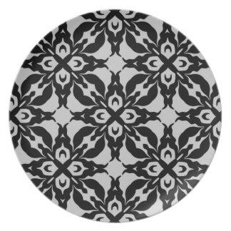 Gorgeous goth damask pattern plates