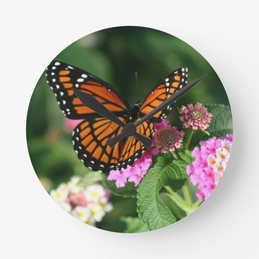Gorgeous Monarch Butterfly Design Wall Clock