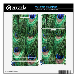 Gorgeous Peacock Feathers Motorola Milestone Skin