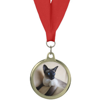Gorgeous Siamese Cat Face Medal