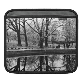 Gorgeous Winter Landscape in Central Park Sleeve For iPads