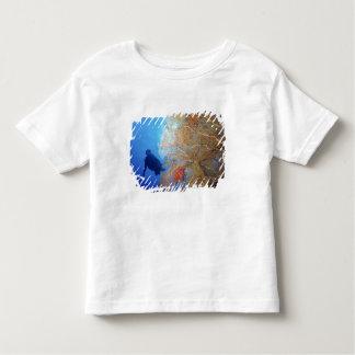 Gorgonian sea fan, Subergorgia mollis, with Toddler T-shirt