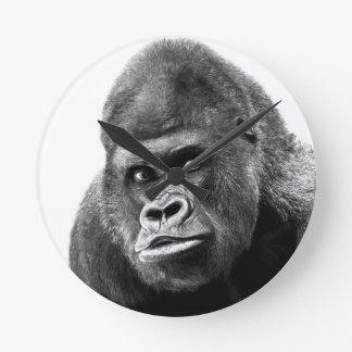 Gorila blanco negro reloj redondo mediano