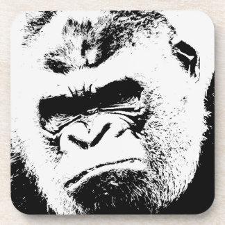 Gorila enojado posavasos de bebida