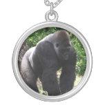 Gorila masculino down.jpg principal que camina del colgantes personalizados