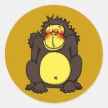 Gorila tímido divertido etiquetas redondas