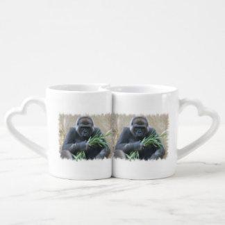 gorilla-3.jpg couples' coffee mug set