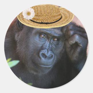 Gorilla in a straw hat, classic round sticker