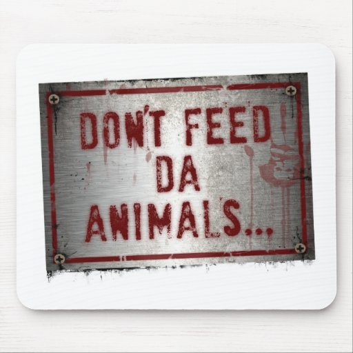 Gorilla zoe Don t feed Da animals