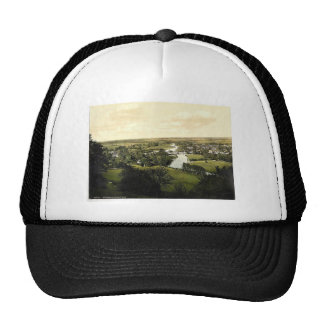 Goring and Streatley, London and suburbs, England Mesh Hat