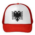 Gorra albanés del águila
