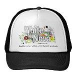 Gorra blanco de la firma de Nova