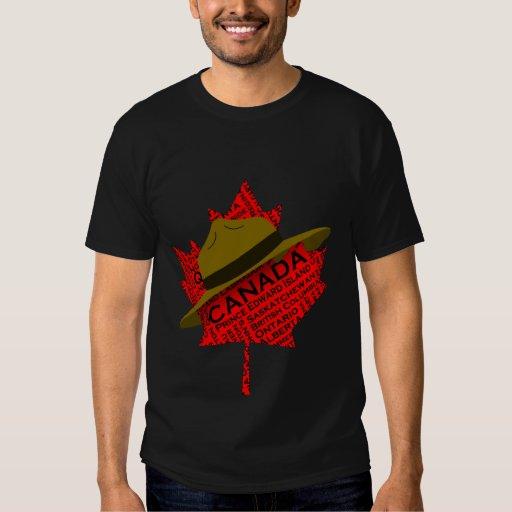 Gorra canadiense del Mountie en la hoja de arce Playera