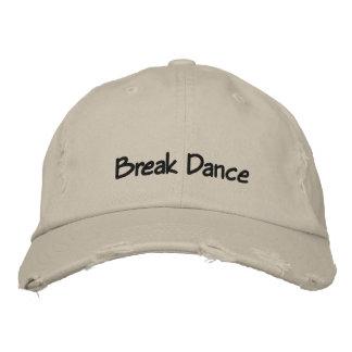 Gorra de béisbol oscura del texto de la danza de