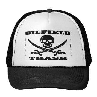 Gorra de la basura del campo petrolífero, cráneo y