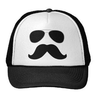 Gorra de la cara del poli