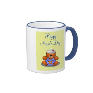 Gorra de la enfermera del oso de peluche del día d taza