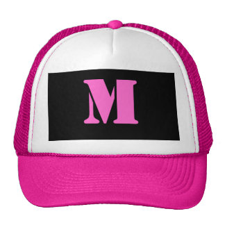 Gorra de la letra M