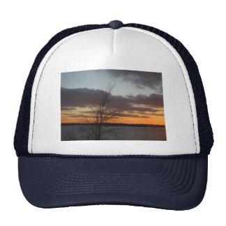 Gorra de la puesta del sol del lago