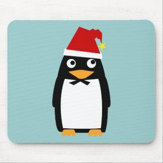 Gorra de Santa del pingüino Alfombrillas De Ratones