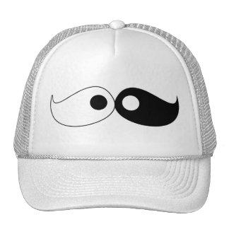 Gorra del bigote de Yin Yang del inconformista