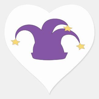 Gorra del bufón en fondo limpio pegatina en forma de corazón