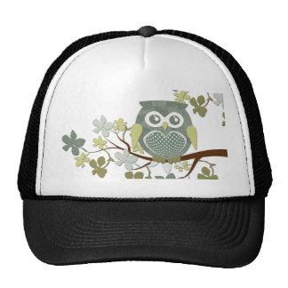 Gorra del búho del árbol de la polca