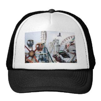 Gorra del embarcadero de la orilla