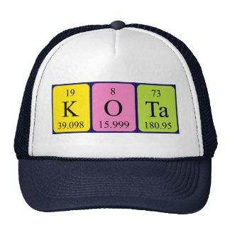 Gorra del nombre de la tabla periódica de Kota