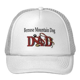 Gorra del papá del perro de montaña de Bernese