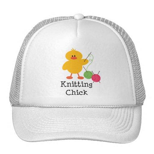 Gorra del polluelo que hace punto
